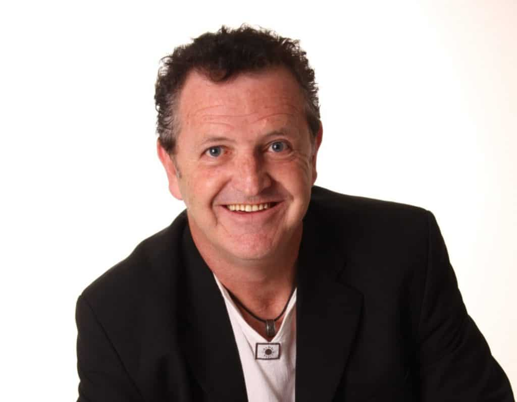 Team building expert, motivational speakers, Colin Heaney